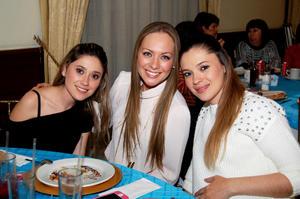 Diana Fernández , Melissa Cantú y Valeria Fernández.