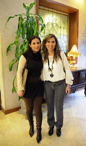 Lorena y Mónica.