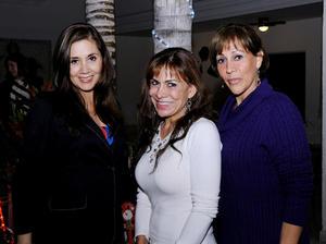 Coty, Linda y Rosy.