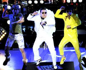 """El cantante surcoreano PSY, despidió el 2012 en Times Square al ritmo de su famoso """"Gangnam Style""""."""