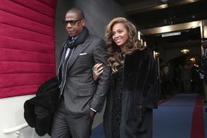 La cantante Beyoncé acudió a la ceremonia acompañada de su esposo, el rapero Jay-Z.