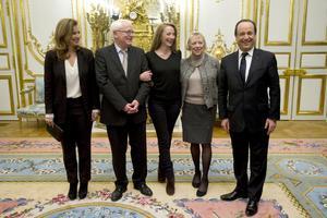 Cassez y su familia mantuvieron un encuentro de hora y cuarto con Hollande en el Palacio del Elíseo.