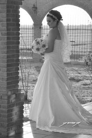Srita. Abisahy Guadalupe Ricado Durán el día de su boda con el Sr. Luis Hernán Romero Muñiz.- Flavio Becerra Fotografía