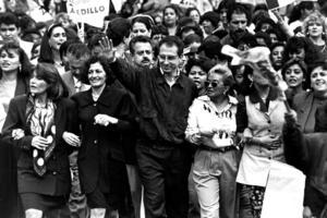 Con Ernesto Zedillo tuvo una relación de confrontación durante su gestión cuando él era el titular de la Secretaría de Educación Pública (SEP), pero cuando fue electo Presidente hubo un trato cordial.