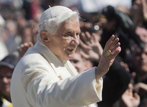 El Papa también agradeció a los fieles por respetar su decisión de retirarse.