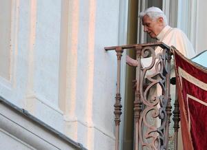 Finalmente, Benedicto XVI se despidió esperando la hora en que dejaría de ser el máximo jerarca de la Iglesia Católica.