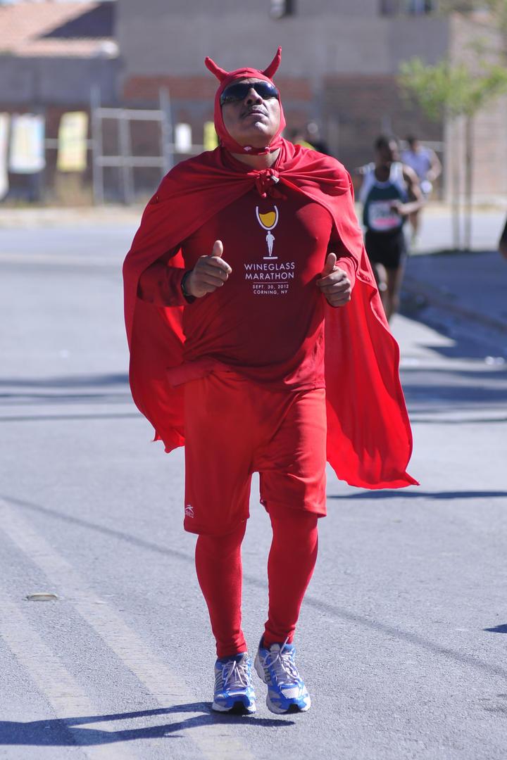 10 de 22 el siglo de torreon 4 de marzo 2013 atletas llenaron de color