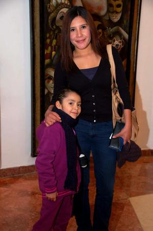 PAULINA  y Estefanía.