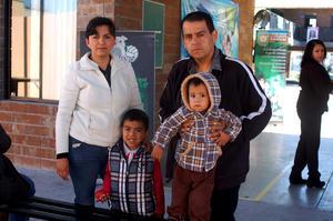 MARíA JULIA , Liam, Ali y Paulo.