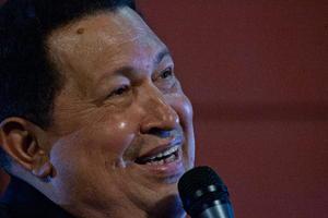 Chávez ya no está en este mundo. Pero su nombre, casi con seguridad, seguirá dividiendo las aguas políticas de su país y, por qué no, de América Latina.