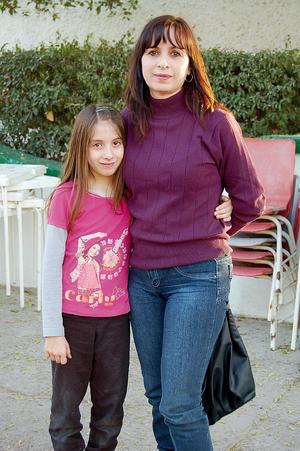Marcela y Blanca.