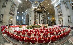 """Con la misa """"Pro Eligiendo Pontífice"""" dio inicio la ceremonia religiosa que fue precedió el inicio del Cónclave Papal, el cual se desarrolla en la Capilla Sixtina."""