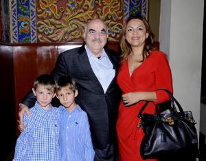 Jesús , Nancy, Eugenio y Esteban.