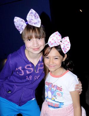 Eliana y Dariela.