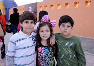 Eddie, Silvana y Andrés.