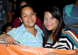 Verónica Lozano y Mary Cruz Esparza.