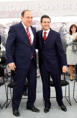 El gobernador Rubén Moreira elogió las reformas en materia de educación y telecomunicaciones y el proyecto de reforma energética planteadas por Peña Nieto y expresó respaldo al Pacto por México, al que equiparó con el Plan de Guadalupe.