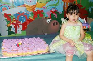 Marlene  Juárez Guerrero celebró sus cuatro años de edad como Campanita.
