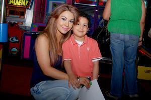 ANGéLICA  y Nicolás.