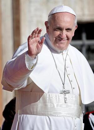 El Papa saludó a los fieles que lo acompañaron en la basílica de San Juan de Letrán