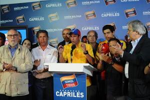 Capriles, aseguró que los derrotados de las elecciones presidenciales han sido el candidato chavista, Nicolás Maduro, y su gobierno.