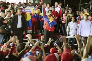 """Nicolás Maduro pidió a la oposición que sepa administrar el resultado de este proceso """"con humildad""""."""