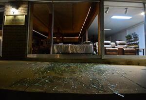 La explosión se sintió a varios kilómetros a la redondea y se registró como un sismo con una magnitud de 2.1 grados, según el Servicio Geológico de Estados Unidos.