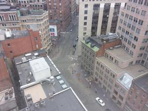 Sin presencia de personas el centro de Boston. (Twitter)