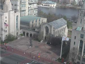 La Universidad de Boston desierta. (Twitter)