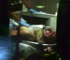 El joven ingresó en al hospital sangrando y en estado grave, según un portavoz de la policía de Massachusetts.