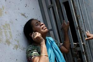 Bangladesh vive una tragedia tras el derrumbe del edificio que ha dejado al menos 110 muertos.