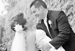 LIC. CYNTHIA  Ávila Díaz e Ing. Gustavo Isaac Durán Téllez  felices el día de su matrimonio.- KM Fotografía
