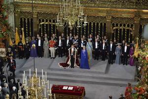 En su discurso, Guillermo Alejandro también dirigió una palabras a su esposa, la argentina Maxima Zorreguieta, ahora reina consorte, quien aseguró que es holandesa de corazón desde que contrajeron matrimonio el 2 de Febrero de 2002.