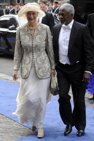 El ex secretario general de Naciones Unidas, Kofi Annan, y su mujer, Nane Lagergren figuraron entre los asistentes a la investidura.