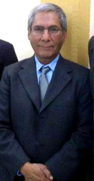 Rodrigo Ávalos, maestro en la universidad.