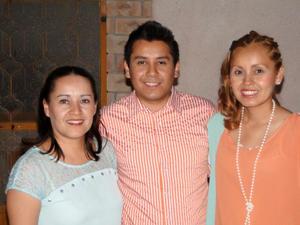 Claudia Fany Córdova Magallanes, Edú Cordova Magallanes y Zeyda Córdova Magallanes