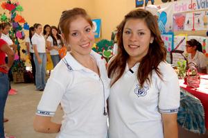 MARíA Magdalena   y Denisse.