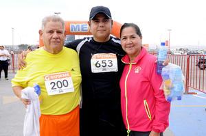 Víctor, Daniel  y Lupita.