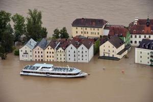 En la ciudad de Passau, en Baviera, se espera que los ríos Inn y Danubio superen en las los máximos niveles históricos registrados en 1954, según autoridades locales.