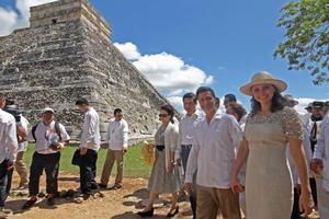En el recorrido, que se realizó esta mañana, marcó prácticamente el epílogo de la visita del gobernante chino a México.
