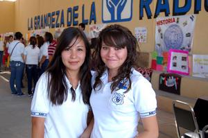Astrid y Viviana.
