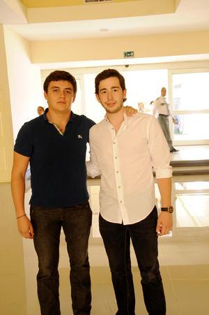 JUAN CARLOS  y Carlos.