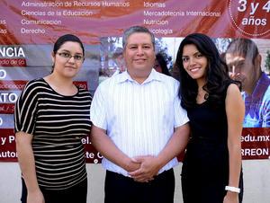 Ana Cristina Castruita, José Refugio Ibarra y Zayne García.