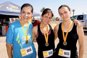 BLANCA,  Rosy y Claudia.