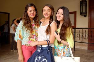 NATALIA,  Andrea y Ale.