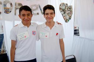 Alejandro y Leonardo.