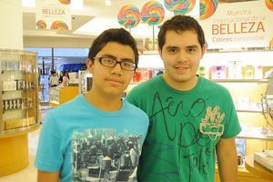 HÉCTOR  Daniel y José Enrique Castro.