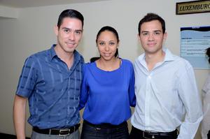 SERGIO,  Nydia y Abraham.
