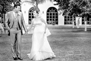 FRANCISCO  Javier Rojas González y Adriana Rodríguez Salazar, muy felices el día de su boda.- Laura Grageda Fotografía