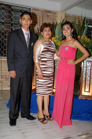 Samuel, Grecia Álvarez Rangel y Marisela Rangel.